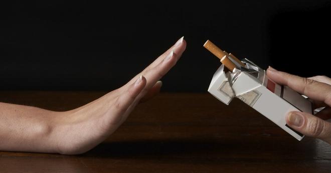 Những dấu hiệu cảnh báo sớm bệnh ung thư phổi bạn cần nắm rõ - Ảnh 3.