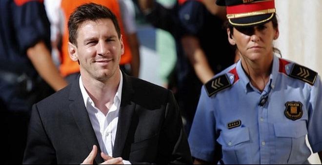 """Messi và Platini nhúng chàm trong tài liệu mật """"Hồ sơ Panama""""?"""