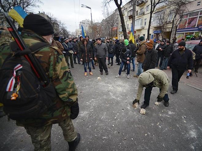 Các ngân hàng Nga tại Ukraine bị tấn công đồng loạt