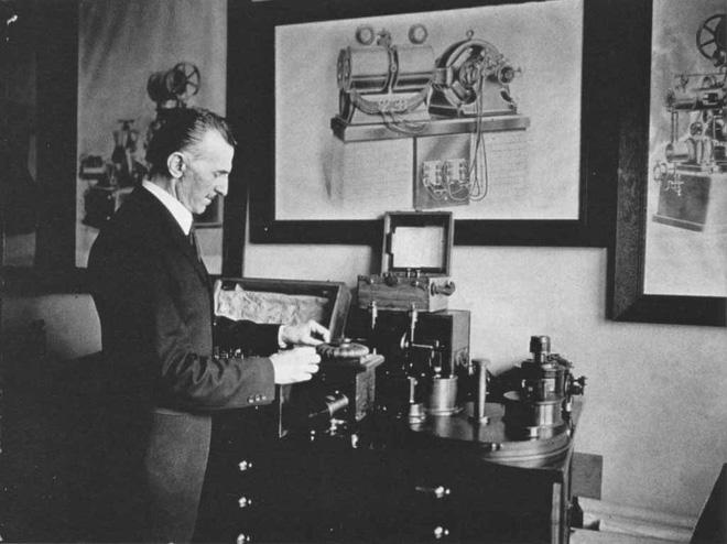 Bộ ảnh độc nhất vô nhị đến giờ mới tiết lộ của về nhà khoa học điên Tesla - Ảnh 5.