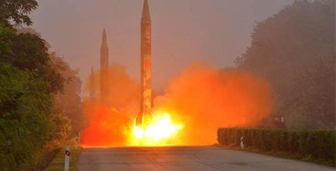 G20: Lãnh đạo Trung-Hàn gặp mặt, Triều Tiên phóng ngay 3 tên lửa