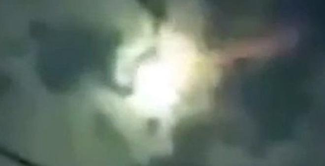 """Bí ẩn quả cầu lửa khổng lồ nổ tung, """"đốt cháy"""" trời Mexico"""