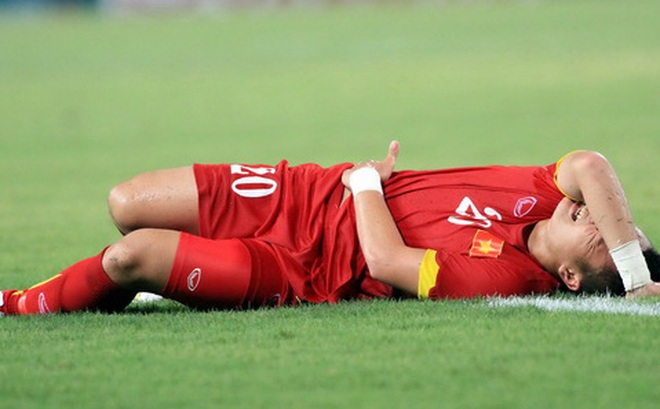 """Thất bại của ĐT Việt Nam và """"thảm họa"""" khiến Tuấn Anh mất AFF Cup"""