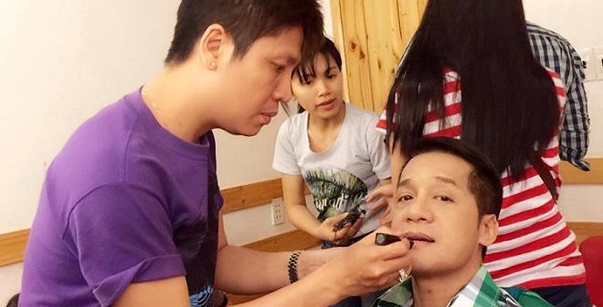 Bất ngờ với điều tối kỵ trong nghề make-up cho nghệ sĩ