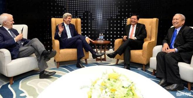 Bữa cơm tối của Bí thư Thăng và Ngoại trưởng Mỹ