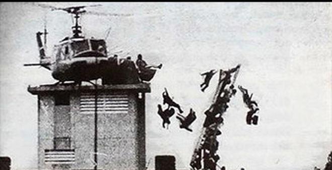 Sách ảnh Sài Gòn in nhầm ảnh chế dòng người di tản 1975