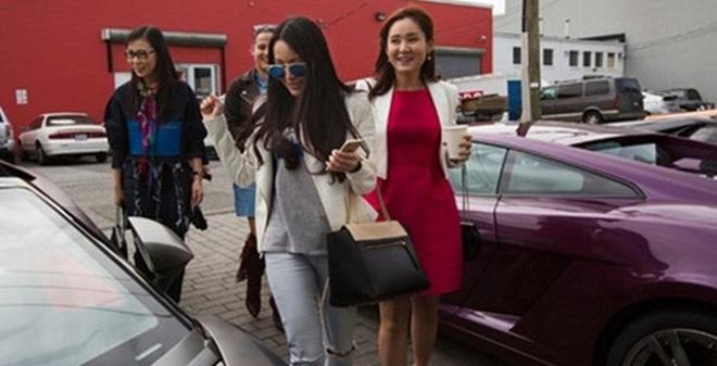 """Những điều ít người biết về cuộc sống xa hoa của những """"thiên kim tiểu thư"""" nhà giàu ở Trung Quốc"""