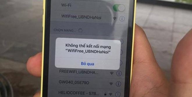 Wifi miễn phí quanh hồ Hoàn Kiếm: Chập chờn khó sử dụng