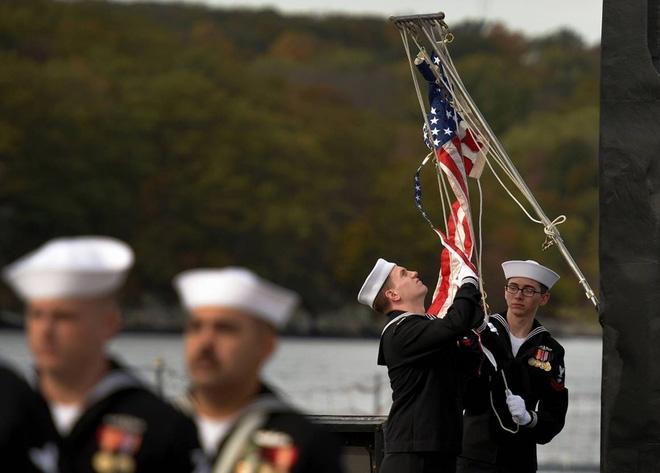 ẢNH: Biên chế tàu ngầm 2,7 tỷ USD do Đệ nhất phu nhân Mỹ bảo trợ - Ảnh 2.