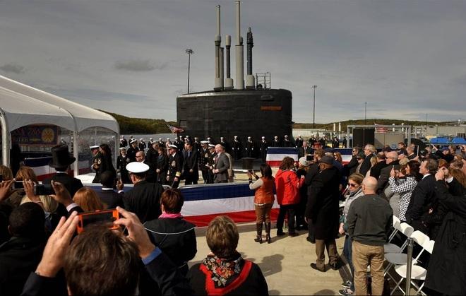 ẢNH: Biên chế tàu ngầm 2,7 tỷ USD do Đệ nhất phu nhân Mỹ bảo trợ - Ảnh 5.