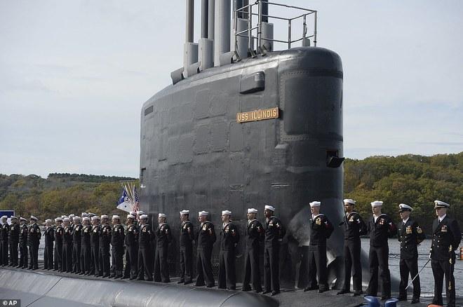 ẢNH: Biên chế tàu ngầm 2,7 tỷ USD do Đệ nhất phu nhân Mỹ bảo trợ - Ảnh 7.