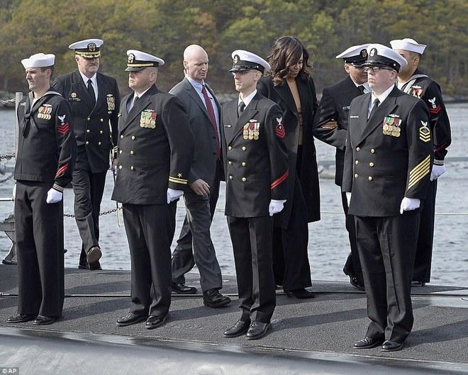 ẢNH: Biên chế tàu ngầm 2,7 tỷ USD do Đệ nhất phu nhân Mỹ bảo trợ - Ảnh 8.