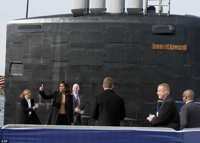 ẢNH: Biên chế tàu ngầm 2,7 tỷ USD do Đệ nhất phu nhân Mỹ bảo trợ - Ảnh 9.