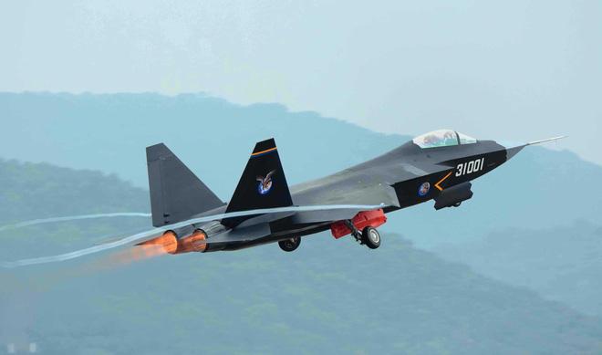 Vì sao Trung Quốc không xuất khẩu tiêm kích tàng hình J-20? - Ảnh 3.