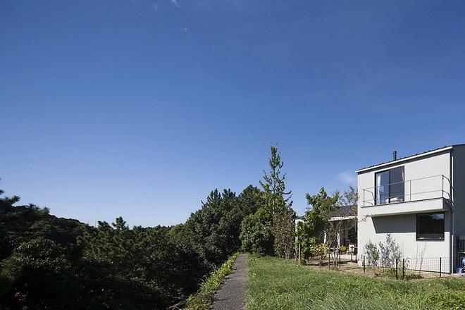 Phong cách hiện đại, gần gũi thiên nhiên của ngôi nhà điển hình ở Nhật Bản - Ảnh 1.