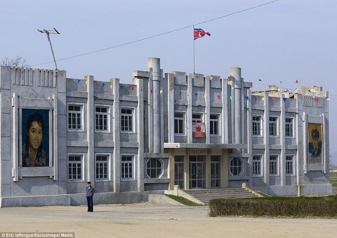 Những hình ảnh độc về nền điện ảnh của Triều Tiên lần đầu tiên được hé lộ - Ảnh 8.