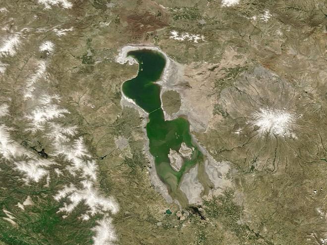 NASA tung bộ ảnh về sự thay đổi chóng mặt của Trái Đất, khiến cả thế giới phải lo lắng cho tương lai - Ảnh 13.
