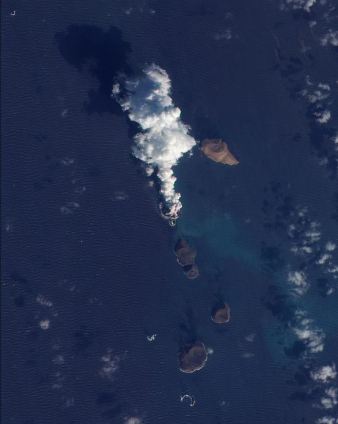 NASA tung bộ ảnh về sự thay đổi chóng mặt của Trái Đất, khiến cả thế giới phải lo lắng cho tương lai - Ảnh 20.