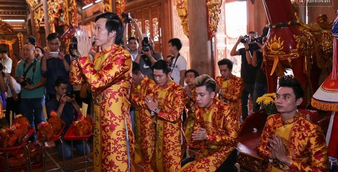 Cập nhật: Các nghệ sĩ đến thăm đền thờ Tổ trị giá 100 tỷ của Hoài Linh