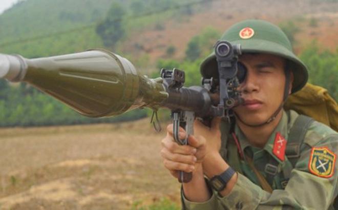 Chiến sĩ Tân Trào trên thao trường nắng gió