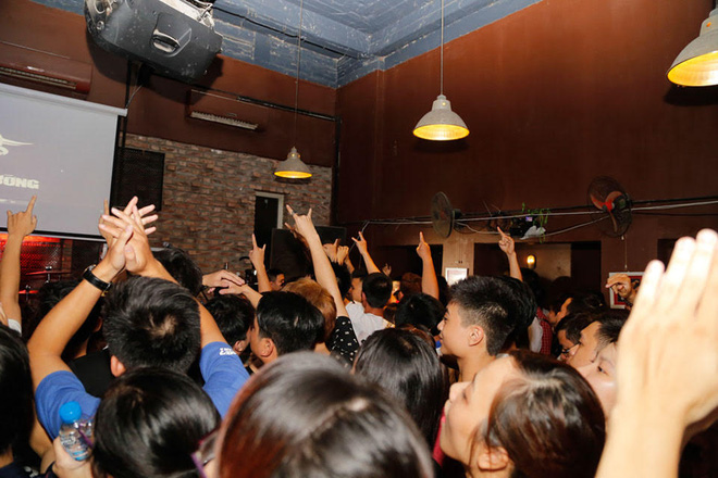 500 khán giả cháy hết mình trong đêm nhạc tưởng nhớ Trần Lập - Ảnh 3.