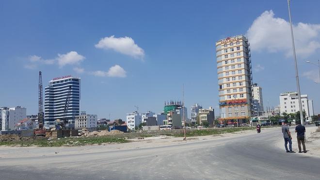 Cận cảnh quỹ đất vàng hàng trăm héc-ta dọc bãi biển Mỹ Khê (Đà Nẵng) của đại gia địa ốc Sài Gòn - Ảnh 5.
