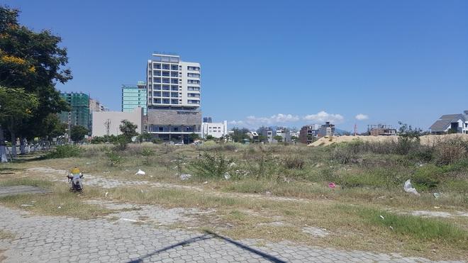 Cận cảnh quỹ đất vàng hàng trăm héc-ta dọc bãi biển Mỹ Khê (Đà Nẵng) của đại gia địa ốc Sài Gòn - Ảnh 9.