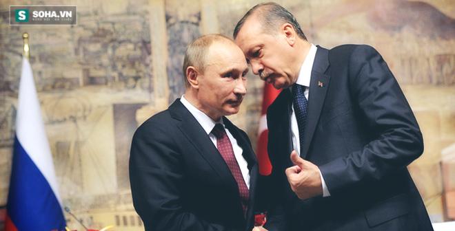 """Erdogan thăm Putin: Cuộc gặp khiến phương Tây """"sống trong sợ hãi"""""""