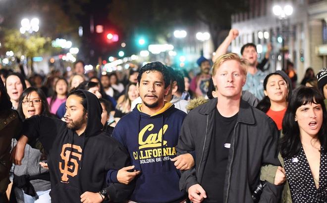 Hậu bầu cử, nhóm cực đoan California kêu gọi tách khỏi nước Mỹ, trở thành quốc gia độc lập