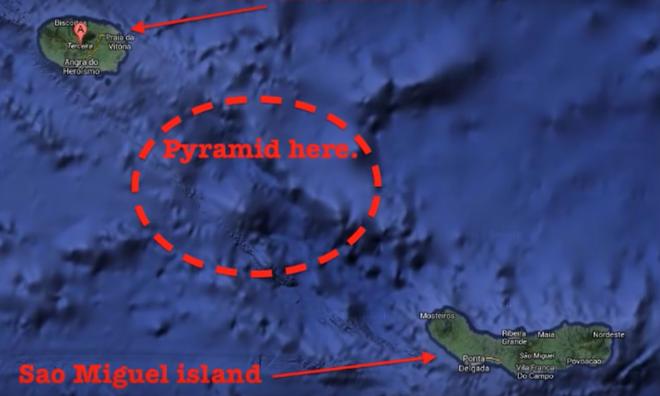 Tình cờ phát hiện ba kim tự tháp kỳ lạ dưới đáy biển Bồ Đào Nha - Ảnh 1.