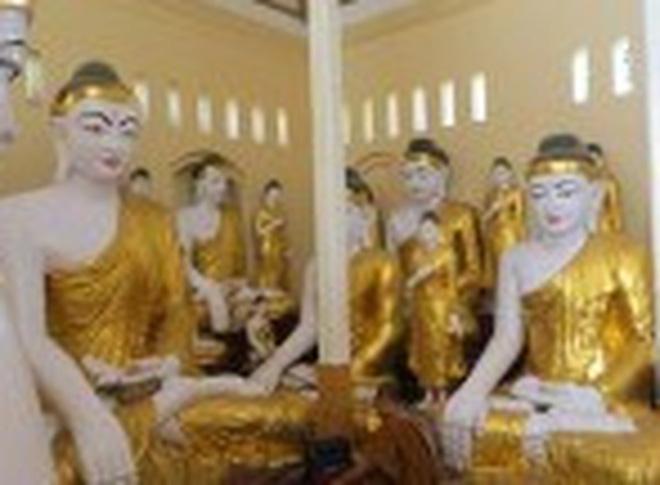 7 pho tượng nghi là vàng trong hành lý ở sân bay Nội Bài