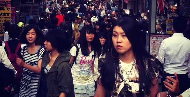 Lý do giới trẻ Nhật Bản thờ ơ với hôn nhân và tình dục
