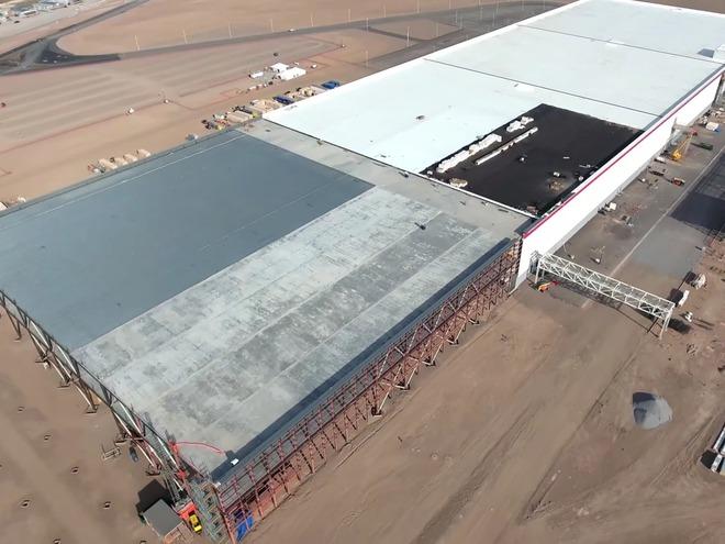 Ý tưởng điên rồ về siêu nhà máy của Elon Musk - Ảnh 2.