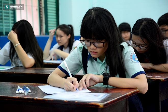 Gần 70.000 học sinh bước vào kỳ thi tuyển lớp 10 ở TP HCM - Ảnh 9.