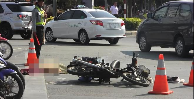 Bỏ mặc nạn nhân ở hiện trường, tài xế lái xe bỏ chạy