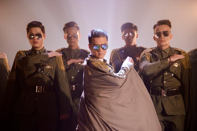 Đàm Vĩnh Hưng tiết lộ 7 điều thú vị trong liveshow 12 tỉ - Ảnh 4.
