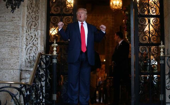 """Trung Quốc """"đứng ngồi không yên"""" với cố vấn thương mại mới của ông Trump"""