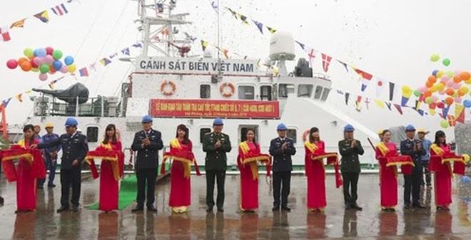 Bàn giao 2 tàu tuần tra cao tốc TT-400 cho Cảnh sát biển