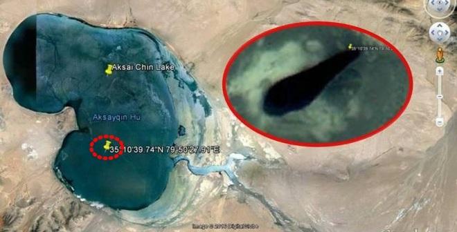 Google bôi đen căn cứ bí ẩn trên dãy núi Himalaya để giấu UFO?