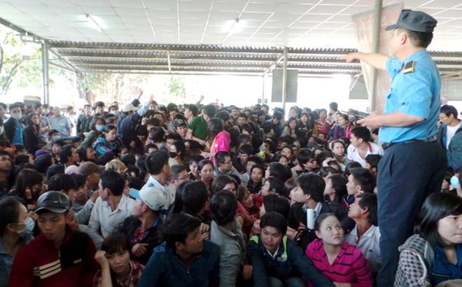 Người Sài Gòn không cần phải chen lấn, xếp hàng suốt đêm mua vé xe Tết