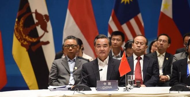 """Hoàn Cầu: Không có tuyên bố """"quan ngại"""" về biển Đông của ASEAN"""