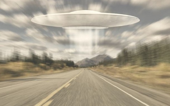 """Cựu lính Mỹ sửng sốt khi """"chộp"""" được UFO vút bay với tốc độ không tưởng: 4.444m/s"""