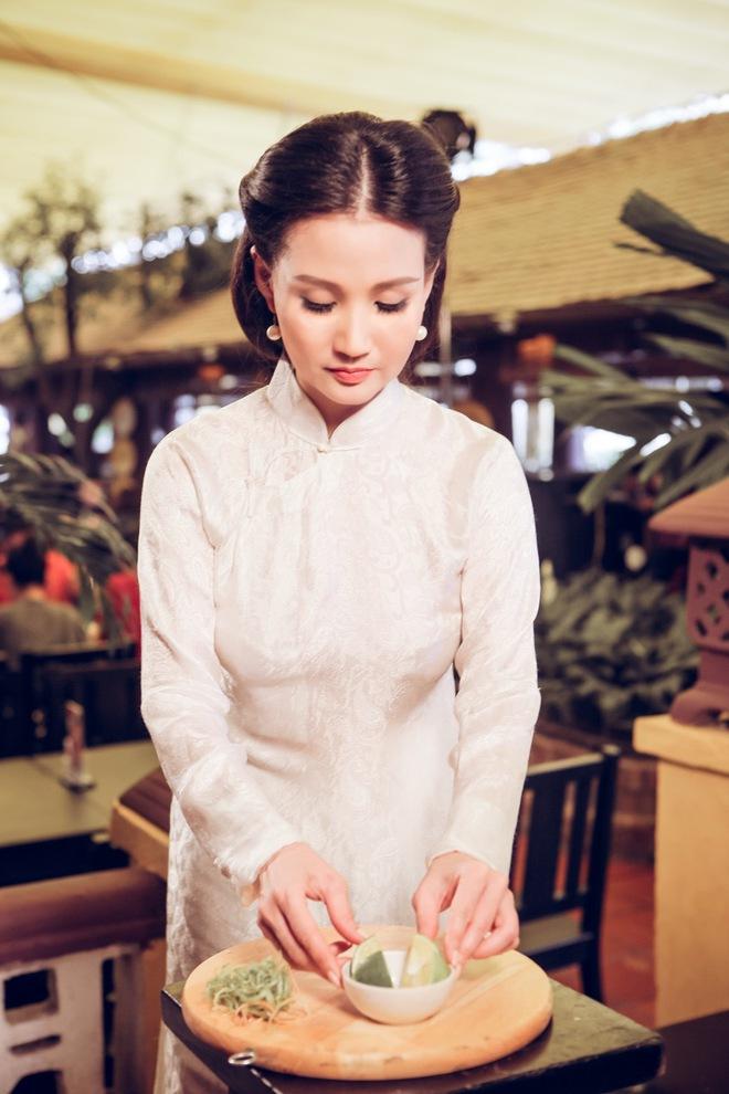 Hoa hậu Quý bà Sương Đặng hóa thân thành thiếu nữ Hà Nội xưa - Ảnh 7.