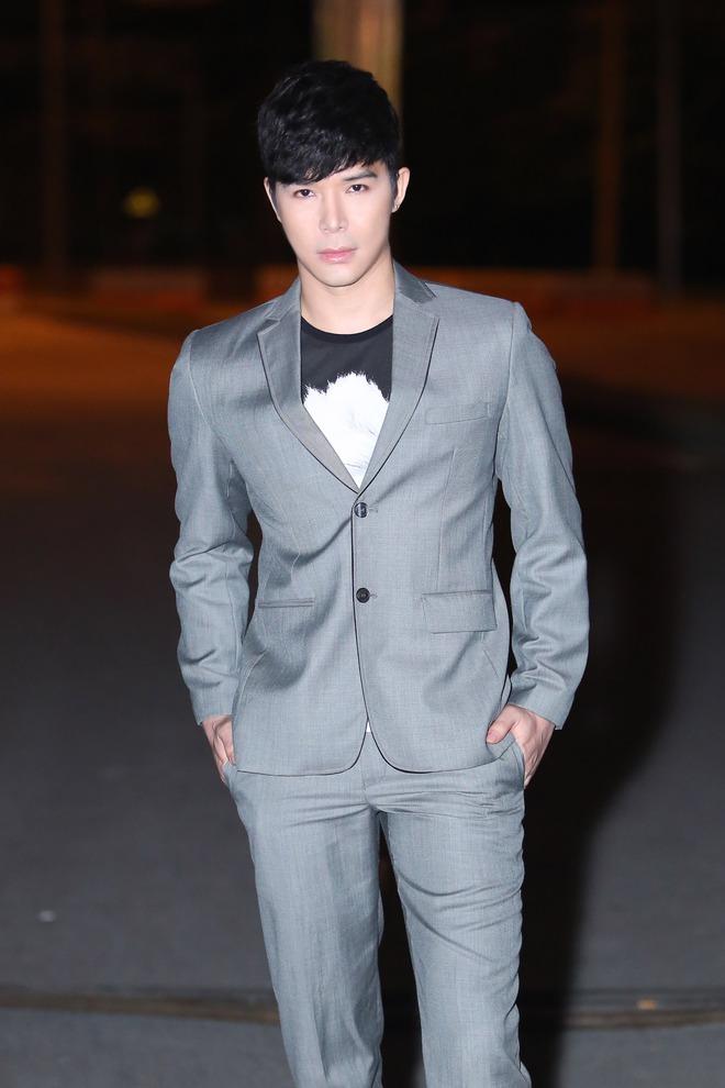 Nathan Lee: Tay chơi hàng hiệu ngầm của showbiz Việt - Ảnh 4.
