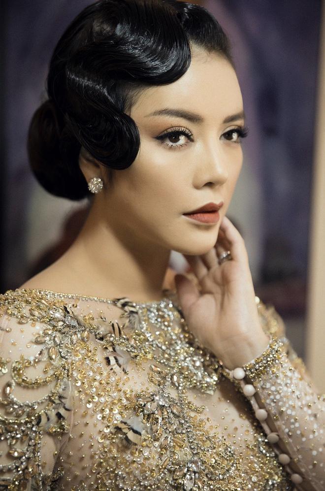 Lý Nhã Kỳ mặc váy tinh xảo, thu hút sự chú ý trên thảm đỏ Cannes - Ảnh 1.