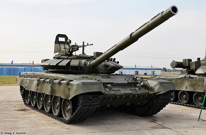 Mua T-72 nâng cấp từ Ukraine để phối hợp tác chiến cùng T-90, tại sao không? - Ảnh 1.