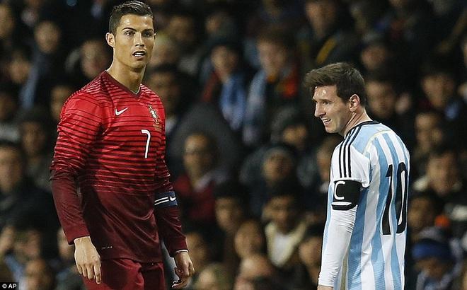 Nếu đổi chỗ cho Messi, Kane và Ronaldo có lẽ cũng chỉ là phường vô dụng