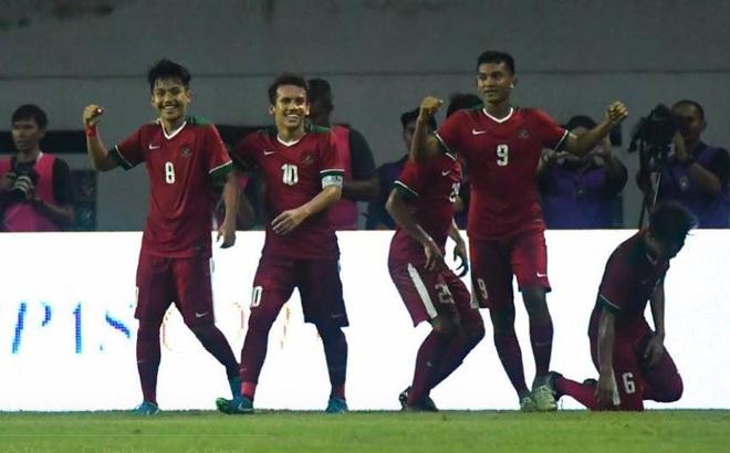 """Sự đáng sợ của Thái Lan sau thất bại """"muối mặt"""" 0-3 trước Indonesia"""