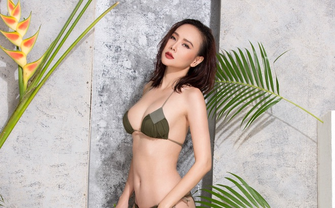Dương Yến Ngọc chụp ảnh bikini bỏng mắt ở tuổi 38