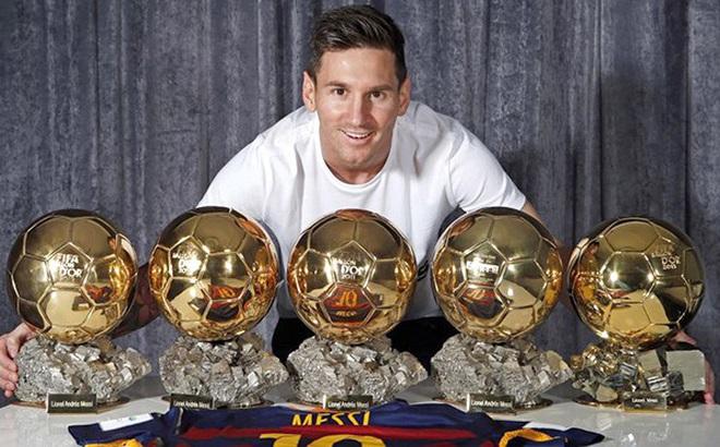 Messi, chứ không phải Ronaldo, xứng đáng giành Quả bóng Vàng 2017